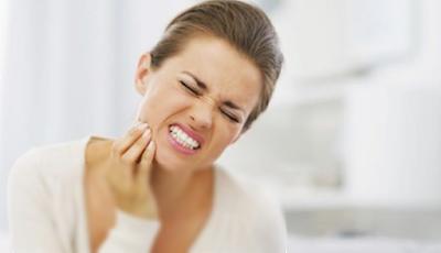 Cara dan Tips Alami Mengobati Gigi Berlubang yg Sakit Tanpa Dicabut Yang Mujarab