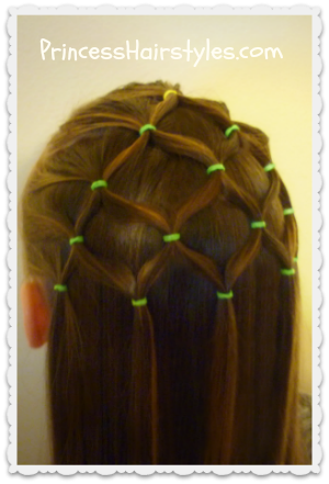 Elastic net holiday hairstyle
