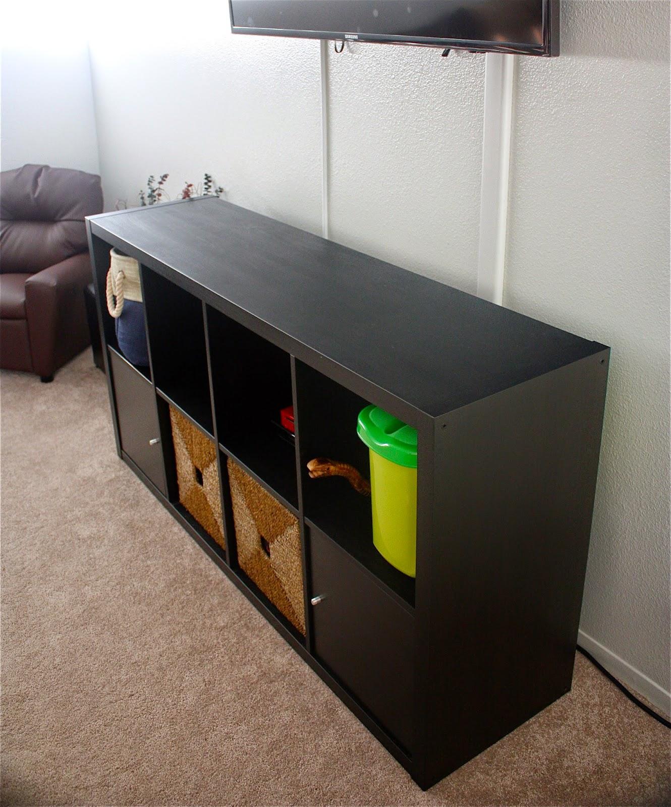 quick and easy ikea hack kallax expedit laura sosa. Black Bedroom Furniture Sets. Home Design Ideas