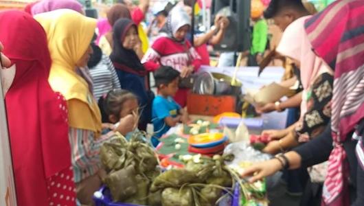 Arpendi Datuk Tan Bagindo Apresiasi Festival Sate Padang