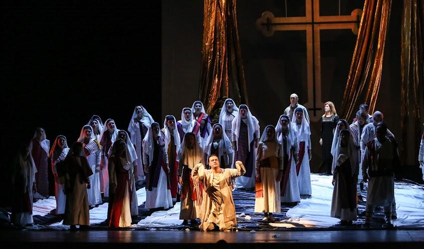 """Нещо специално или защо """"Янините девет братя"""" е различната опера"""