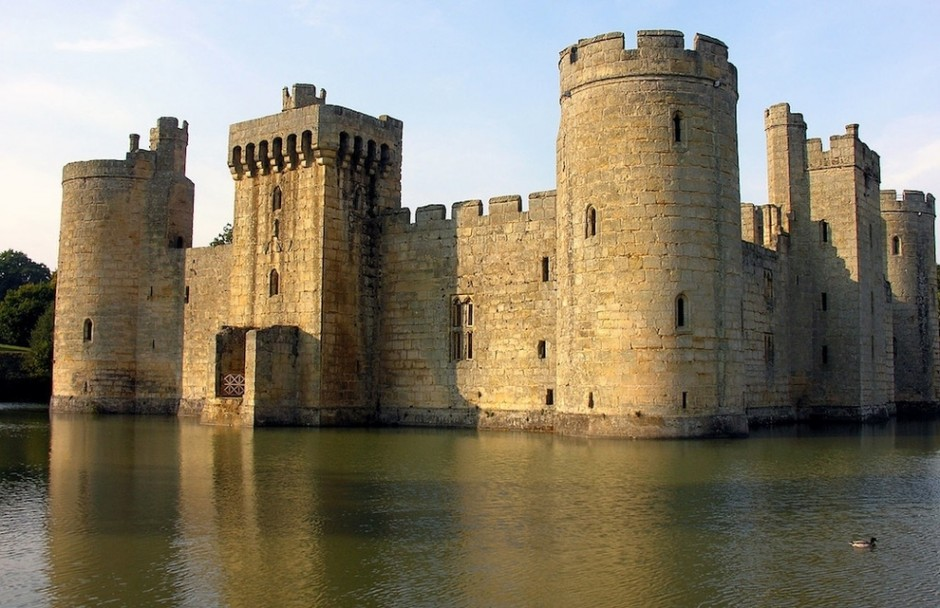 Bodiam Castle, East Sussex, England - 30 Abandoned Places that Look Truly Beautiful