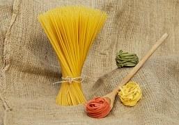 noodles-1631935__180.jpg