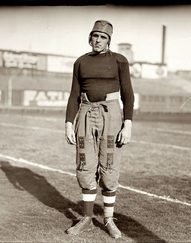 20 Vintage Portraits Of Handsome American Football Players