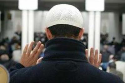 تعليم الصلاة للشيعة خطوة بخطوة