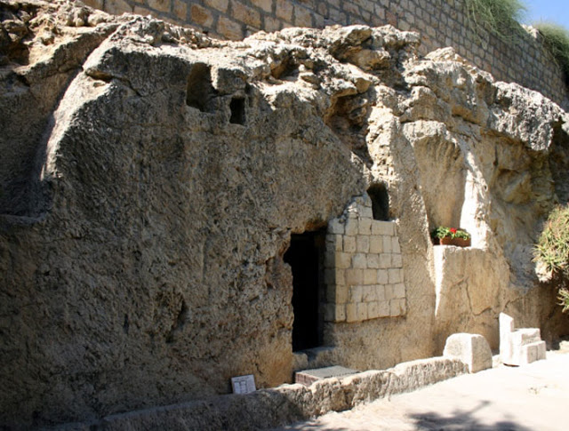 Watch the full length video here: The TRUE Tomb of Jesus & the GREAT STONE Discovered!