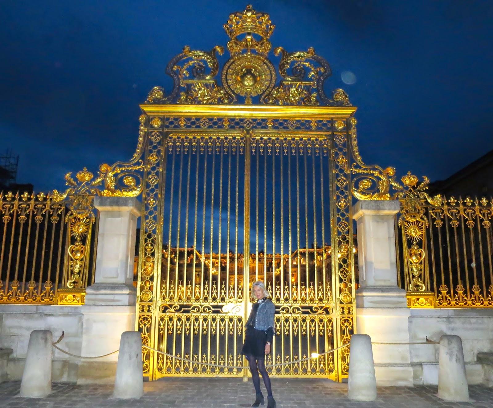 mas de la chapelle interview proprietaire. PAUL CLUZEL Président De La Réunion Des Musées Nationaux Grand Palais , ANNE CHAMPIGNEULConcert En Chapelle Royale Du Chateau Versailles . Mas Interview Proprietaire