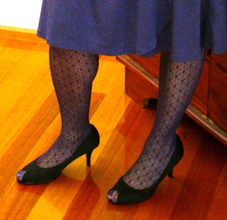 Open Toes And Hosiery Should You Or Shouldn T You