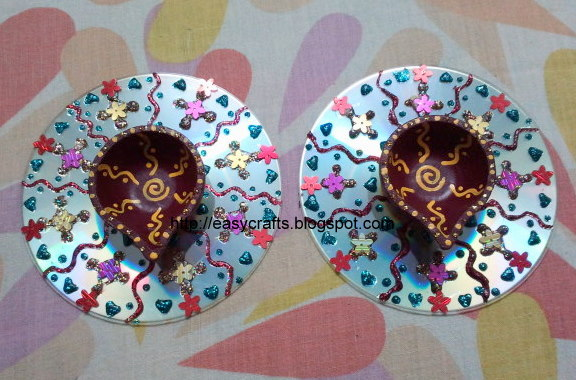 Easy crafts explore your creativity waste cd decoration for Best use of waste material
