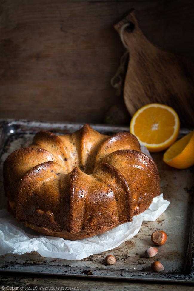jesienne ciasto marchewkowe nadziewane serem z lukrem pomarańczowym