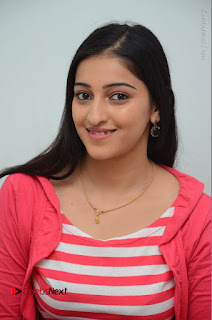 Telugu Actress Mouryani Latest Pos in Blue Denim Jeans  0097.JPG