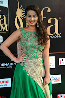 Manjusha in Beautiful Sleeveless Green Anarkali dress at IIFA Utsavam Awards 004.JPG