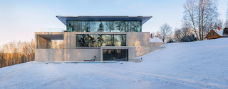 Dom z panoramicznym widokiem na naturę