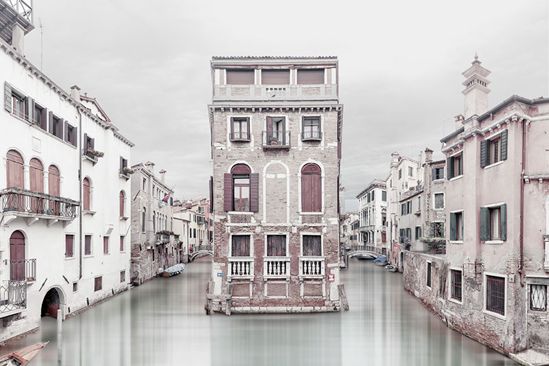 Laurent-Dequick-02 Serenita Veneziana: Pictures by way of Laurent Dequick Design