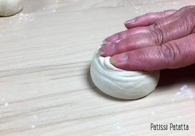 recette de parathas, parathas, pains indiens, indian breaks, indian breads, cuisine indienne, préparer du ghee, façonner des parathas, tutoriel photos parathas, patissi-patatta