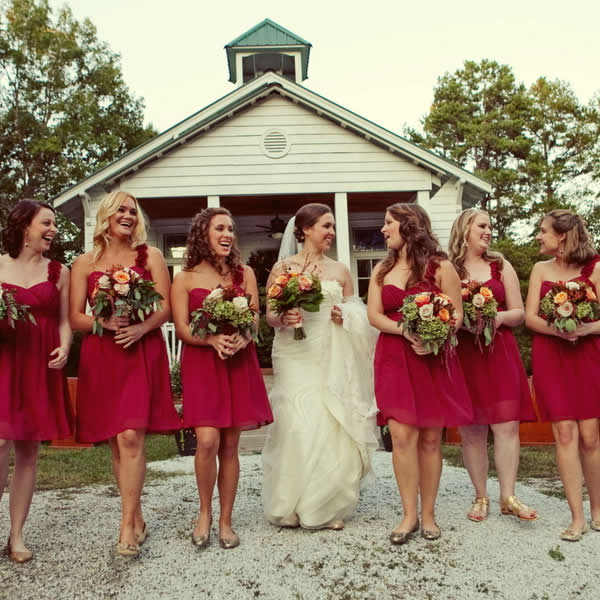 What To Wear To A Country Wedding In The Fall