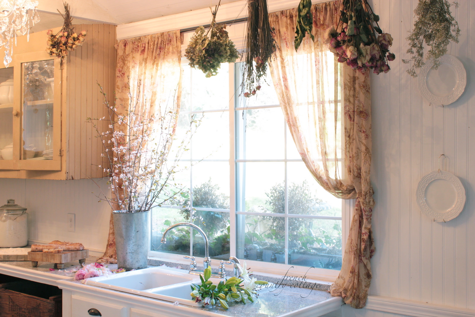 Top Decorating with dried flowers - FRENCH COUNTRY COTTAGE GU08