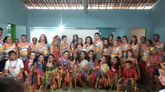 Escolas e creche municipais de Umbuzeiro comemoram o carnaval
