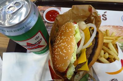 Bangkok, Burger King, burger beer