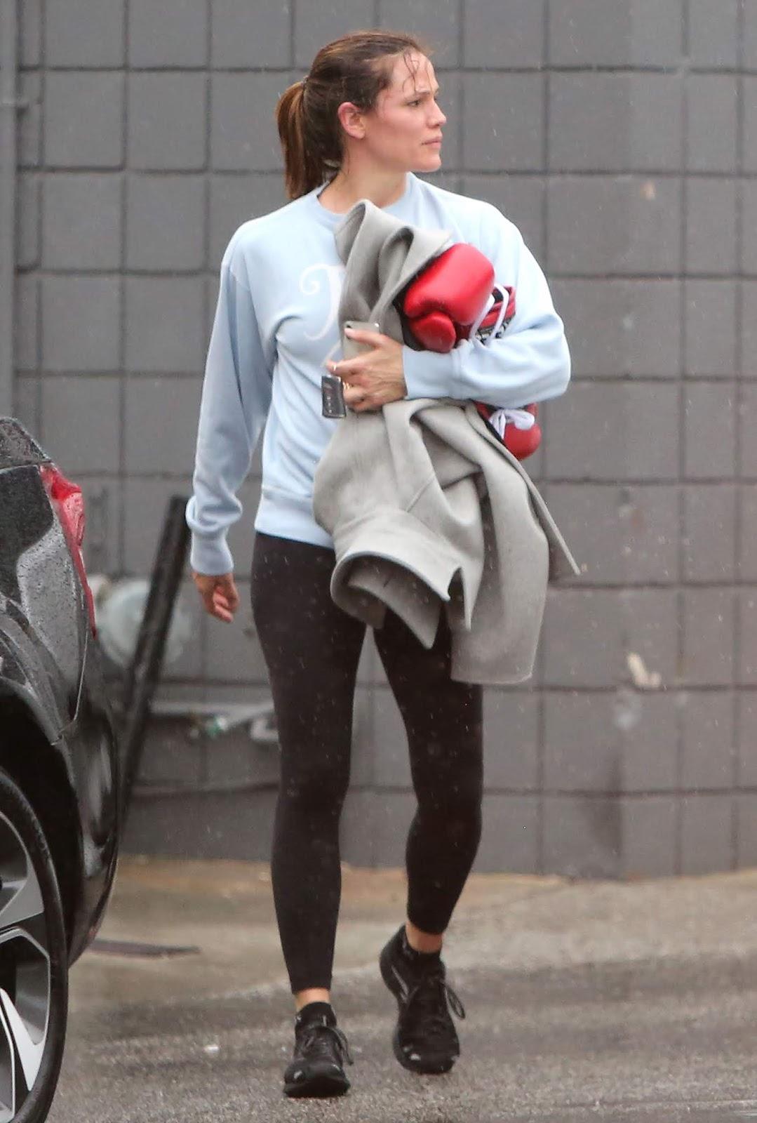 Jennifer Garner - Seen leaving a boxing class in Los Angeles - 02/14/2019