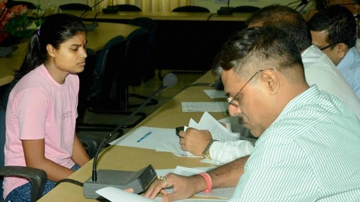 Girl who won first position in state exam arrested after she failed all the questions in confirmation test
