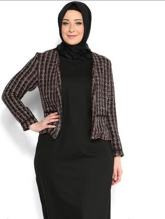 8 Tips Memilih Baju Muslim Untuk Wanita Gemuk Agar