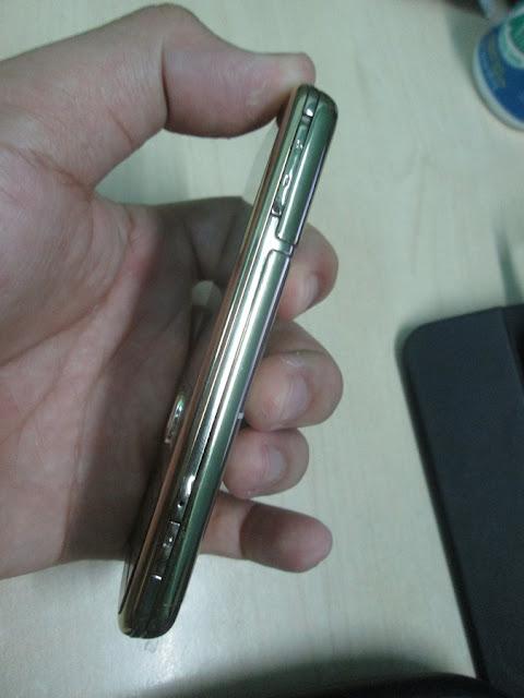 Điện thoại Nokia 6700 Classic Gold Edition tại Tp HCM 2