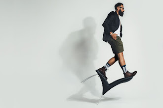 Chair trick performed by this bearded man