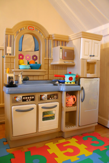 Little Tikes Play Kitchen With Grill