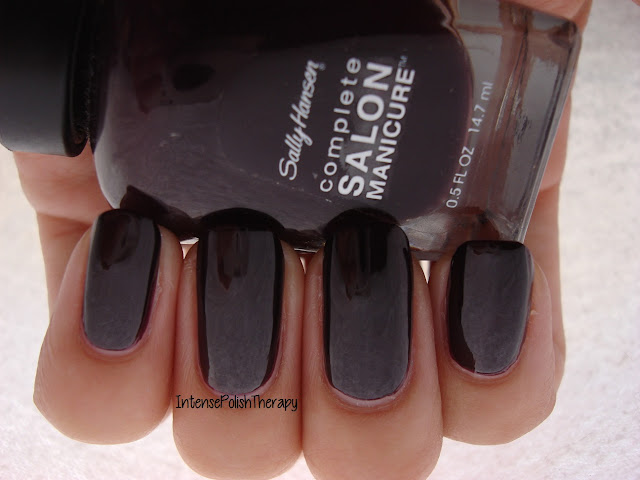 Sally Hansen - Pat on the Black