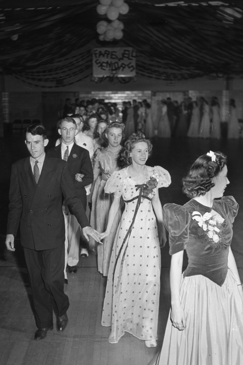 Pictures of High School Proms in the 1940s and 1950s  vintage everyday