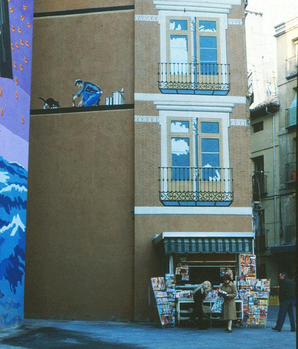 Medianería en Madrid. Puerta Cerrada. Foto: Rodrigo L. Alonso