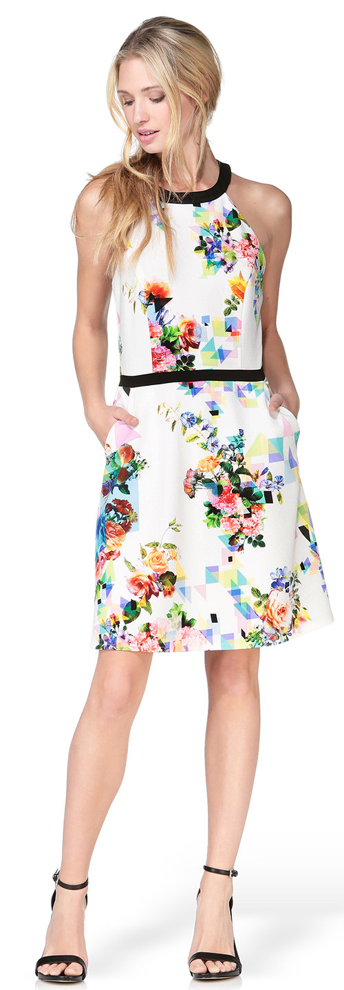 Robe courte blanche Naf Naf à fleurs