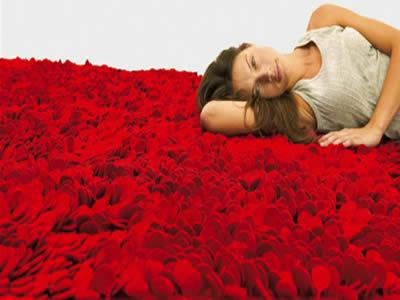 Carpets that distinguish 5