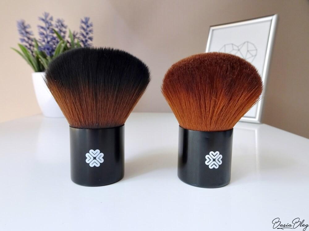 kosmetyki mineralne Lily Lolo, Lily Lolo mineral cosmetics, pędzel Lily Lolo Super Kabuki, Lily Lolo Super Kabuki brush, dobry pędzel kabuki, pędzel kabuki, jaki pędzel do minerałów, jaki pędzel do podkładu mineralnego, czym nakładać minerały, czym nakładać podkład mineralny, dobry pędzel do pudru, miękki pędzel,