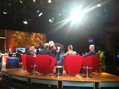 Arthurs Tochter im Fernsehen: Achtung Aufnahme!  Arthurs Tochter talkt... Live aus dem Studio des SWR in Baden-Baden | Arthurs Tochter kocht. Der Blog für Food, Wine, Travel & Love von Astrid Paul