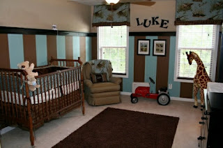 habitación bebé marrón y celeste