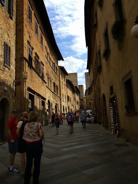 San-Gimignano-Tuscany-Glam-Italia-Tour-04
