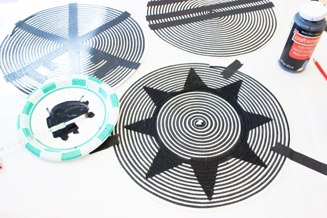 Anthropologie Inspired Place Mat Art- A fun DIY craft for crafters who love African woven basket wall art