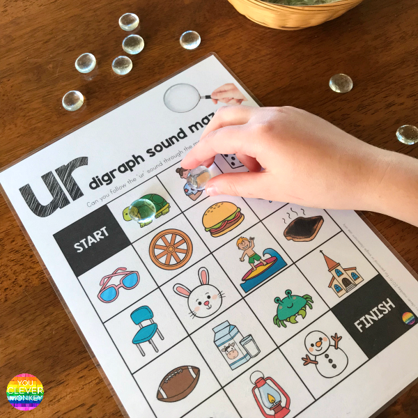 Printable Digraph Activities - Sound Mazes and I Spy Games for the controlled R digraph sounds perfect for Word Work or Literacy Centers | you clever monkey