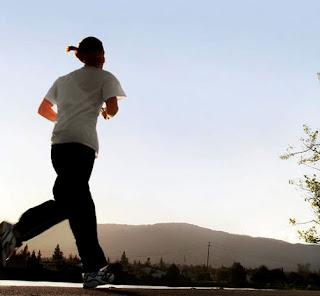 Awat Mudah dengan Olahraga Lari