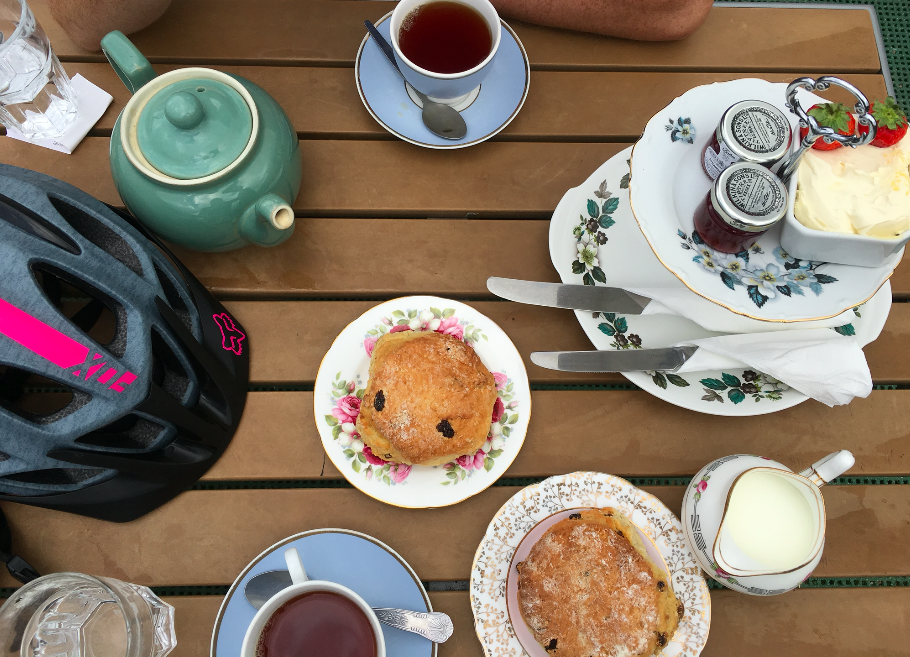 FitBits | Cycling the South Downs Way - Petersfield to Amberley - cream tea at Riverside Cafe