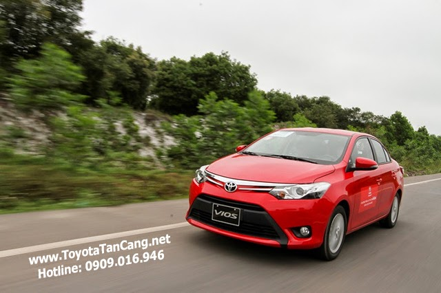 Toyota Vios với thiết kế trẻ trung là mẫu xe bán chạy nhất Việt Nam