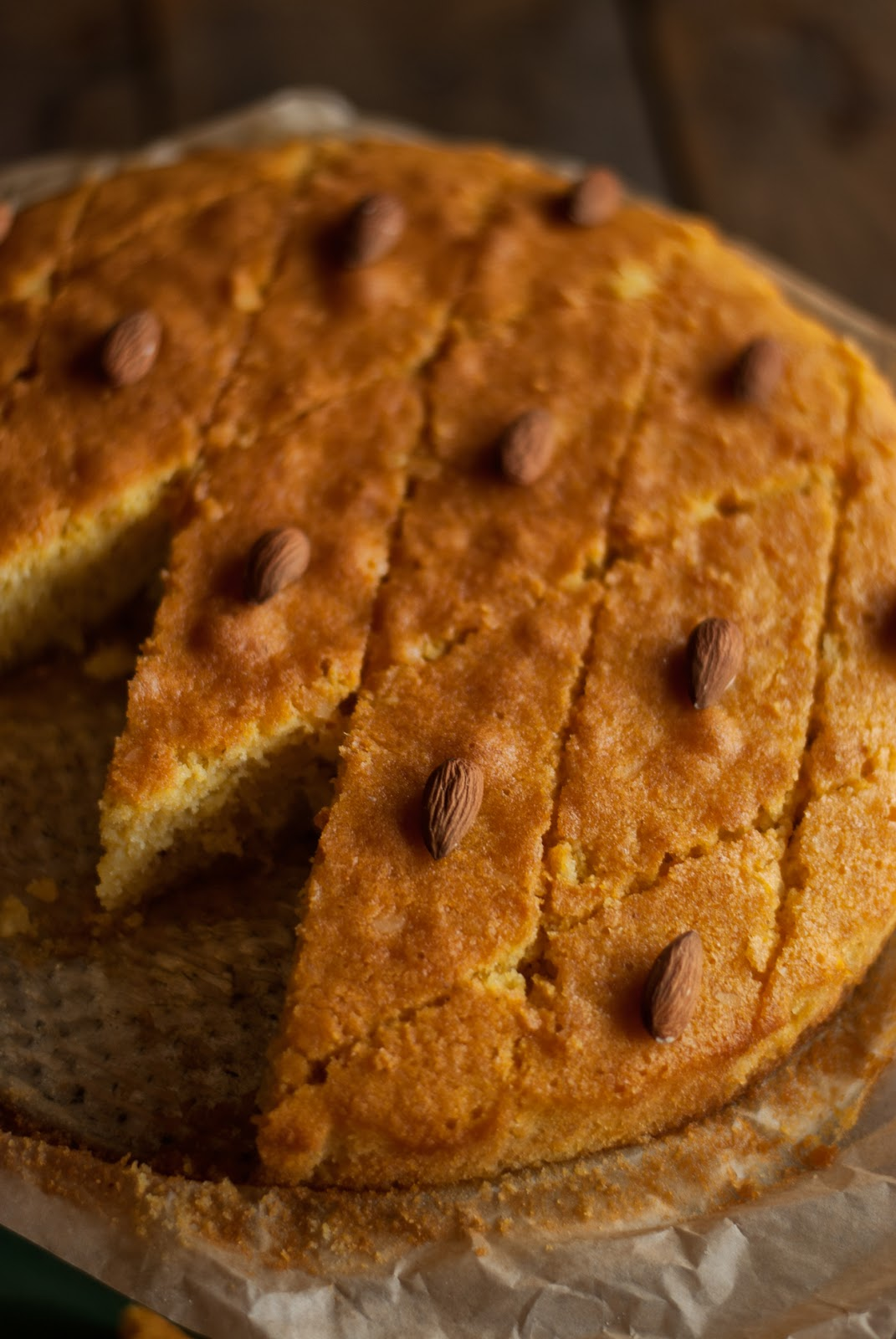 Ciasto Revani z migdałami