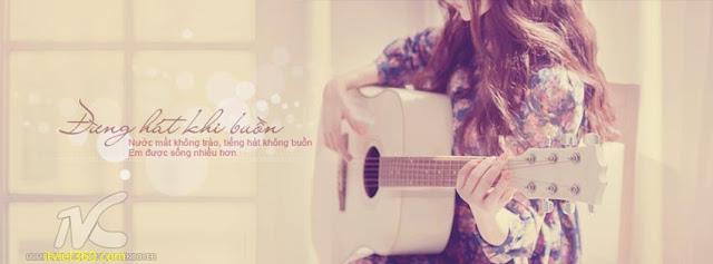 Ảnh bìa Facebook tình yêu đẹp, buồn, Cover FB Love timeline, cô gái ngồi chơi đàn guitar