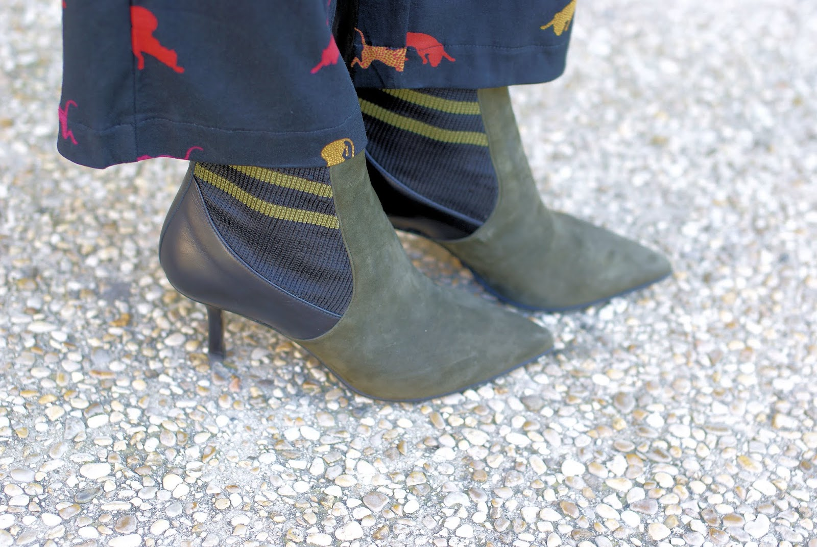 Giovanni Fabiani ankle boots on Fashion and Cookies fashion blog, fashion blogger style