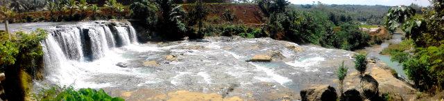 Pesona Keindahan Alam Curug Dengdeng - Objek wisata air terjun di Kabupaten Tasikmalaya