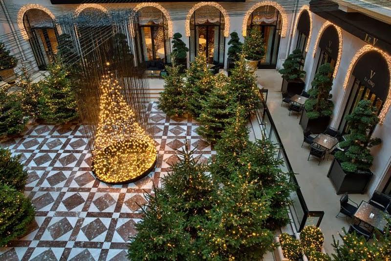 Αποτέλεσμα εικόνας για Four Seasons George V christmas