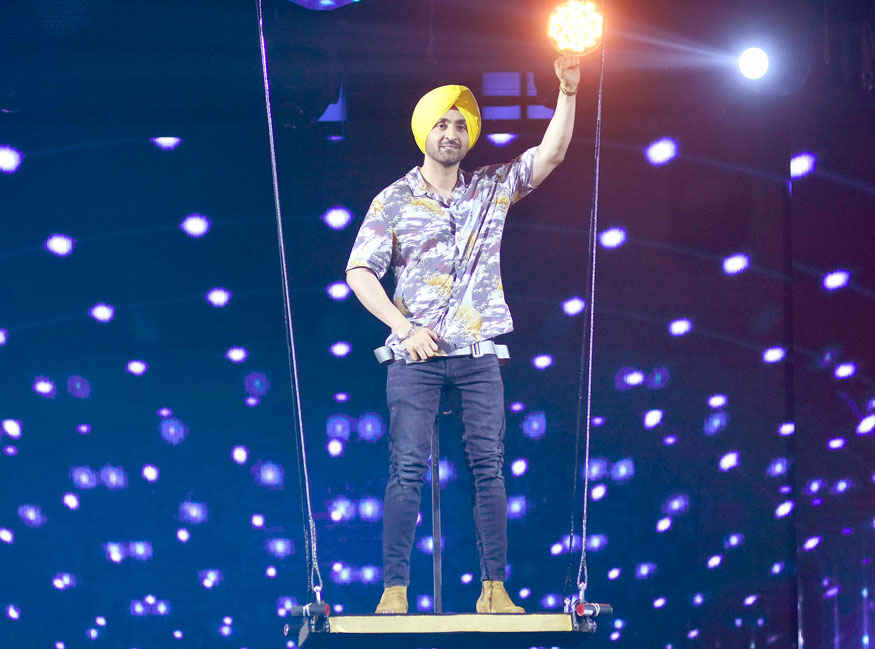 Diljit Dosanjh Promoting Film 'Super Singh' on the sets of Nach Baliye Season 8
