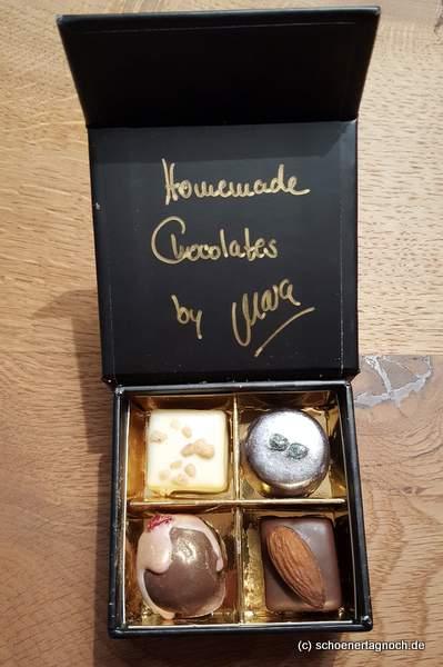 Selbstgemachte Schokoladenpralinen von Mara von Life is full of goodies